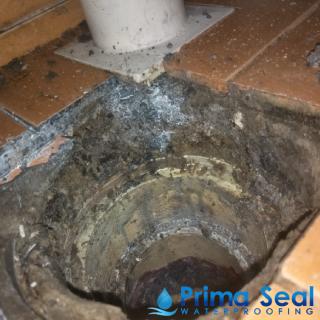 bathroom-toilet-waterproofing-waterproofing-services-waterproofing-singapore-hdb-geylang-4_wm
